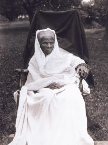 harriet-tubman-white-shawl
